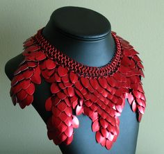 Items similar to Chainmaille Red Scale Collar - Statement Art Necklace on Etsy Jewelry Art, Women Jewelry, Jewelry Design, Jewellery, Jewelry Scale, Big Jewelry, Metal Jewelry, Chainmaille, Color Splash