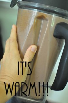 warm hot chocolate Vitamix Use maple syrup or agave in place of honey to make this vegan Recetas Vitamix, Vitamix Recipes, Blender Recipes, Cooking Recipes, Healthy Cooking, Smoothie Proteine, Smoothies, Smoothie Recipes, Vitamix Creations