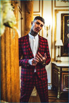 Savio de Chiara dons red tartan suiting from Noose & Monkey's fall-winter…