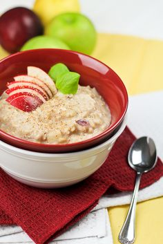 Fluffy Apple Cinnamon Egg White Oatmeal | by Sonia! The Healthy Foodie