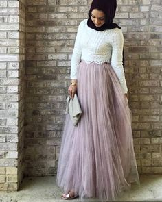 Tulle & Lace hijab outfit- Maxi jupes chic hijab www.justtrendygir… Tulle & Lace hijab outfit- Maxi jupes chic hijab www. Islamic Fashion, Muslim Fashion, Modest Fashion, Skirt Fashion, Hijab Fashion, Fashion Outfits, Hijab Outfit, Hijab Dress Party, Hijab Elegante