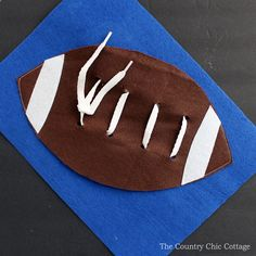 Make your own football busy book page!  This is part of a felt craft series with a variety of pages as well as instructions on assembling a busy book!