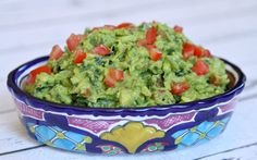 :: a classic, delicious guacamole recipe with the healthy addition of finely chopped fresh kale. Kale Recipes, Healthy Recipes, Healthy Dips, Avocado Recipes, Beef Recipes, Tacos, Guacamole Recipe, Clean Eating Snacks, Eating Healthy