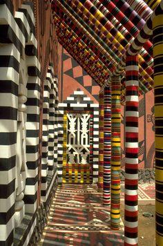 Alliance Franco-Sénégalaise, Kaolack, Senegal || Architects; Patrick Dujarric, Dakar, Senegal www.versionvoyages.fr - Version Voyages