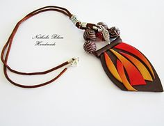 collar hecho a mano con arcilla polimerica necklace  handmade with polymer clay