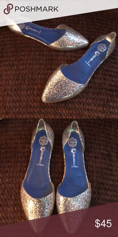 Jeffrey Campbell clear sparkly silver jelly flats How fun are these?? Genuine Jeffrey Campbell clear silver sparkle jelly flats size 9 could fit an 8 1/2. These were only worn once and are in excellent used condition! Jeffrey Campbell Shoes Flats & Loafers
