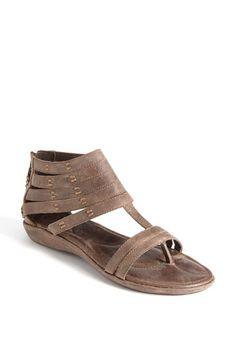 a5f4c09f51a 18 Best Olukai Shoes images