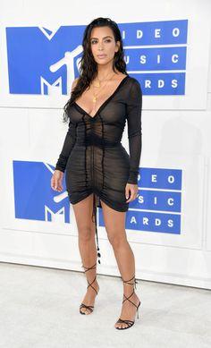 Kim Kardashian Photos Photos - Kim Kardashian West attends the 2016 MTV Video…