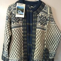 Rare Vint Dale Of Norway Handmade Wool Sweater NWT Dale Of Norway Handmade Wool Sweater NWT.  The Setesdal Valley Pattern Unisex Cardigan. Size Med. Brand new with tags. This blue is no longer available. This color and style are not available any where on the Internet. Thank You for visiting BlackBeards where all Treasures are Pre owned/used, examined, & researched (5>=90 hrs). We search the USA for Lost Rare Irreplaceable Treasures. All Treasures were all pre-loved and were cherished. Age…