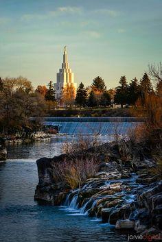 LDS temple Idaho falls (January 16, 1999, Brandon and Cheryl forever!!)