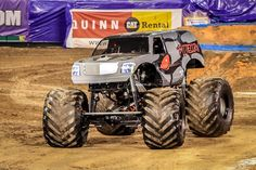 Battlecorn (Rob Dyrdek) Monster Truck at Monsterjam