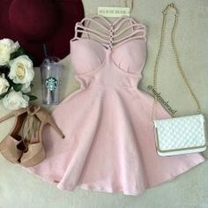 Lindo❤ Pretty Dresses, Sexy Dresses, Beautiful Dresses, Casual Dresses, Short Dresses, Fashion Dresses, Indian Designer Outfits, Kawaii Clothes, Cute Casual Outfits