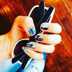 #metallicchromesilberjn and #masterpiecejn the perfect Mani for the weekend #friyay #weekendstyle