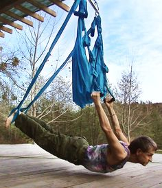 yoga swing. Spine Health, Aerial Yoga, Fitness Fun, My Yoga, Fun Workouts, Pilates, Alternative, Therapy, Muscle