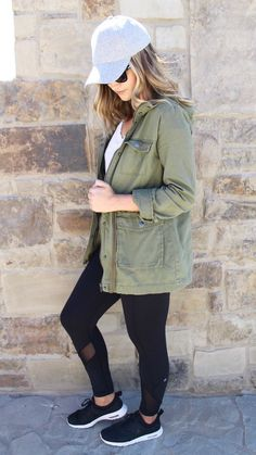 50 Fashion Teenage for College – Fashion New Trends - Sporty Outfits Athleisure Trend, Athleisure Outfits, Comfortable Outfits, Casual Outfits, Cute Outfits, Stylish Mom Outfits, Women's Casual, Look Fashion, Autumn Fashion