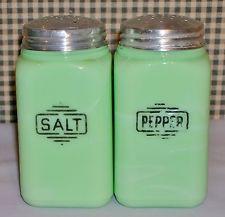 McKee JADITE jadeite RANGE SET salt pepper shakers SMALL BOX depression era DECO