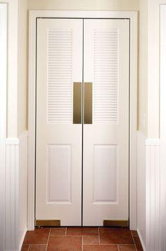 {Bi Fold Louver Doors} #bifolddoors #diy #remodel #homeimprovement #