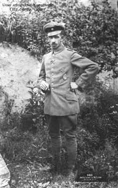 Gustav Dörr (1887-10-05 - 1928-12-11) was a German World War I fighter ace with 35 shot down planes.