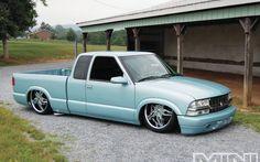 Custom Mini Trucks Ridin Around 1997 Chevy the color Bagged Trucks, Lowered Trucks, Mini Trucks, Gmc Trucks, Lifted Trucks, Small Trucks, S10 Truck, Lowrider Trucks, Chevy S10