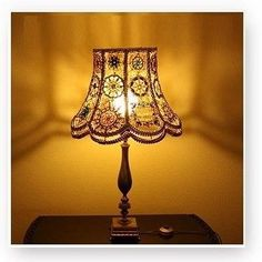 Simple and Stylish Tips Can Change Your Life: Wooden Lamp Shades Diy lamp shades frame thrift stores.Floor Lamp Shades Home Decor lamp shades vintage mason jars. Lampe Crochet, Crochet Lampshade, Diy Lampshade, Crochet Garland, Cool Ideas, Bohemian Lamp, Old Frames, Crochet Home, Diy Crochet