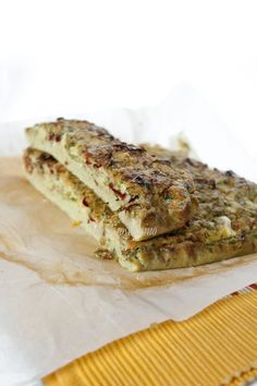 Frittata al forno con fiori di zucca, cipollotti e peperoni cruschi  #juliesoissons