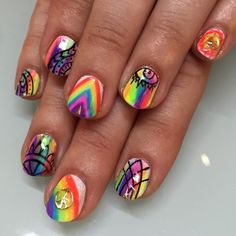 """""""Psychedelic freestyle for Melissa #nails #nailart #sparklesf #psychedelic #phish #trippy @hangwthebees"""""""
