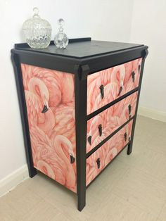 flamingo chest of drawers by Muck n Brass (Zoe Pocock). Love this. I know it isn't but it makes me think of Paris and chinoiserie. Very glamorous in a bedroom or large bathroom or dressing room if you are lucky enough to have one.