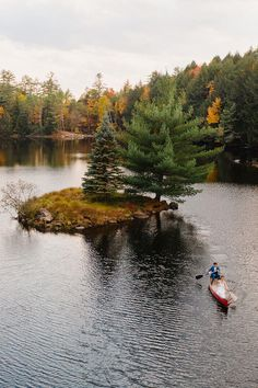 Bride and groom set out in a canoe to paddle to the island in the middle of this awesome private lake in Upstate NY in the Adirondacks. Canoeing elopement upstate NY. Adirondack Park, Adirondack Mountains, Upstate New York, Elopement Ideas, Lake George, Outdoor Weddings, Canoeing, New York Wedding, Elopements