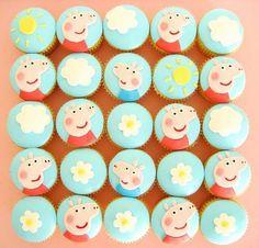Stella likes Peppa pig cupcakes Tarta George Pig, George Pig Cake, Peppa E George, George Pig Party, Pig Cupcakes, Pig Cookies, Custom Cupcakes, Cupcake Cakes, Cup Cakes