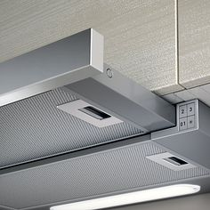 The Elite slide away cooker hood fits seamlessly into your cupboard space above the hob. The front panel is removable so that a matching furniture panel can be fitted. Combining practicality and high performance, this hood complements the modern kitchen a Cooker Hoods, Grease, Built In Cookers, Extractor Fans, Range Hoods, Fun Cooking, Food Preparation, Cleanser, Bedrooms