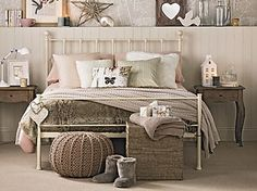 7 super-cosy schemes to get your bedroom ready for autumn