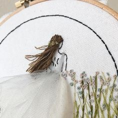 """857 curtidas, 35 comentários - Ceren (@kayra.handmade) no Instagram: """"Progress shot on my current wiphave something breezy in mind . . . #kayrahandmade #embroidery…"""""""
