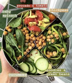 Paving The Road To A Life Of Healthy Eating. Nutrition can be a complex topic in today's world. Healthy Meal Prep, Healthy Snacks, Healthy Eating, Food Porn, Vegetarian Recipes, Healthy Recipes, Good Food, Yummy Food, Food Is Fuel
