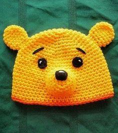 Los gorritos de bebe tejidos a mano están dentro de los accesorios que no pueden faltar en el outfit de tus pequeños y ahora te enseñamos cómo hacerlos Crochet Cap, Crochet Baby Hats, Crochet Beanie Hat, Crochet Girls, Crochet For Kids, Crochet Hooks, Beanie Hats, Knitted Hats, Beanies