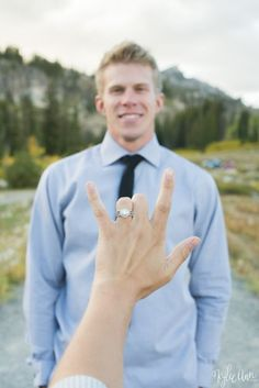 Fall Engagements in Tony's Grove Logan Canyon Utah Engagement Poses and Ideas #engagements