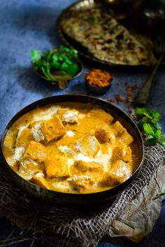 18 Insanely Delicious Reasons To Love Indian Food Indian Snacks, Indian Food Recipes, Ethnic Recipes, Paneer Lababdar, Paneer Recipes, India Food, Indian Dishes, Cooking Recipes, Cheese Recipes