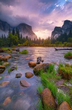 15 Amazing Places to Visit in California Sunset at Yosemite National Park, California # Arches Nationalpark, Yellowstone Nationalpark, All Nature, Amazing Nature, Cool Places To Visit, Places To Go, Beautiful World, Beautiful Places, Amazing Places