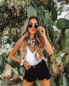 VICI Jill DeConti Source by outfit summer fashion style Look Festival, Festival Mode, Country Music Outfits, Country Concert Outfit Summer, Summer Concert Outfits, Summer Festival Outfits, Coachella Outfit Ideas, Casual Festival Outfit, Country Concerts