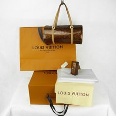 Sac à main Louis Vuitton Bedford Authentique d occasion en cuir vernis  couleur bronze + 1 multi-clés 4 Louis Vuitton assorti au sac b83e2f09a97