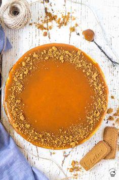 Vanilkový lotus cheesecake so slaným karamelom Lotus Cheesecake, Basic Cheesecake, Salted Caramel Cheesecake, Cheesecake Recipes, Sweet Desserts, Sweet Recipes, Chesee Cake, Cake Recept, Cookie Crust