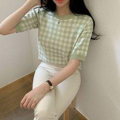 Korean Girl Fashion, Korean Fashion Trends, Ulzzang Fashion, Kpop Fashion Outfits, Girls Fashion Clothes, K Fashion Casual, Korean Casual Outfits, Korean Outfit Street Styles, Cute Casual Outfits