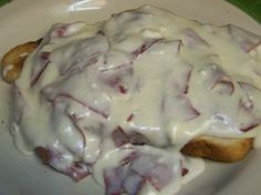 CHIPPED BEEF in a Cream Cheese Sauce over Toast, GET THE RECIPE HERE: http://doreenskitchen.com/ChippedBeef.html  WATCH VIDEO HERE: http://youtu.be/6eeAsCiw9-c  CHECK OUT: CD Cookbook over 350 pages with BONUS Magic Pan Crepe Recipes  http://doreenskitchen.com/index.html