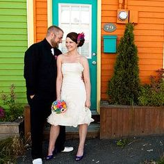 Krista & Rob's colourful relaxed DIYed wedding | Offbeat Bride