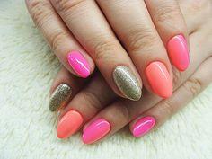Jak pięknie być kobietą - blog lifestylowy: Manicure hybrydowy - Semilac 008 Intensive Pink, 033 Pink Doll oraz 037 Gold Disco + ombre