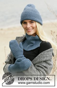Blue Winter - Knitted hat, neck warmer and mittens in DROPS Alpaca with rib. Finger Knitting, Free Knitting, Knitting Gauge, Knitting Machine, Drops Design, Drops Alpaca, Magazine Drops, Mittens Pattern, Labor