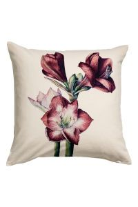 Pudebetræk med julemotiv - Lys beige/Amaryllis - Home All H&m Christmas, Christmas Print, Home Styles Exterior, H&m Home, Printed Cushions, Marble Print, Colorful Pillows, H&m Online, Home Decor Furniture