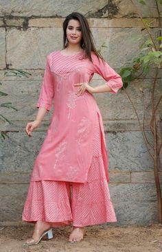 Simple Kurti Designs, Kurta Designs, Dress Designs, Embroidery Designs, Printed Kurti, Indian Fashion Dresses, Salwar Kameez, Churidar, Anarkali Kurti