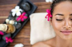 Are you getting ready for your first spa visit? You should prepare yourself for a luxurious and relaxing experience, but also be mindful of spa etiquette. Although the do's and donR… Skin Care Regimen, Skin Care Tips, Massage Deals, Pumpkin Facial, Spa Menu, Stone Massage, Good Massage, Thai Massage, Radiant Skin