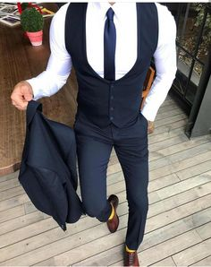 Mens Fashion Winter – The World of Mens Fashion Best Wedding Suits, Wedding Suit Styles, Best Suits For Men, Outfits Hombre, La Mode Masculine, Mens Fashion Suits, Well Dressed Men, Gentleman Style, Mens Clothing Styles