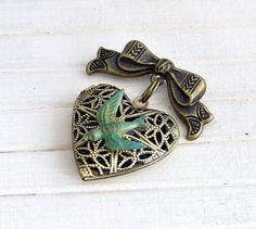 Bird Brooch  ..  vintage inspired brooch by beadishdelight on Etsy